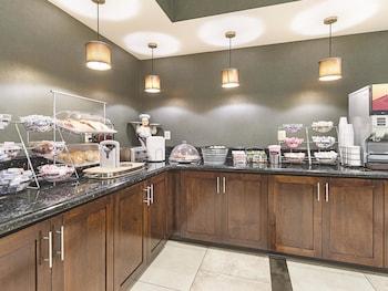 La Quinta Inn & Suites Edgewood / Aberdeen-South - Property Amenity  - #0