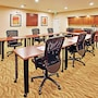 Holiday Inn Express & Suites Airport - Lincoln photo 12/20