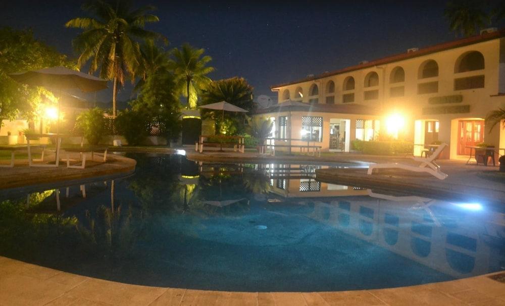 Grand Eastern Hotel