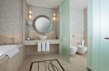 Fairmont Towers - Bathroom  - #0