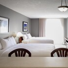 Hotel Faubourg Montreal Downtown
