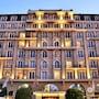 Cape Royale Luxury Suites photo 34/41