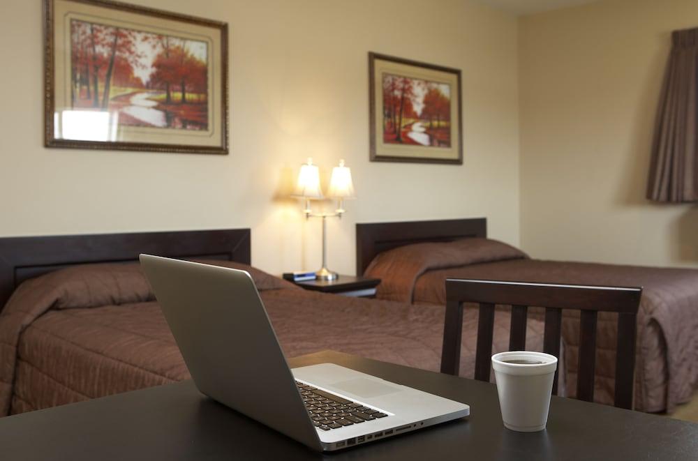 Travel Inn & Suites Innisfail