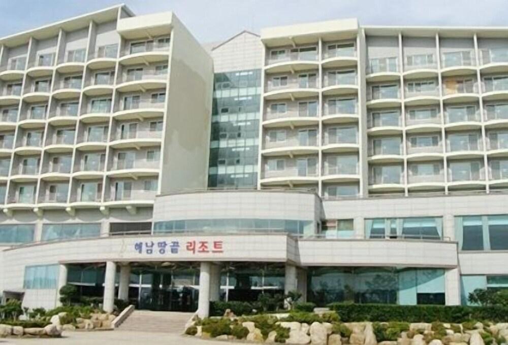 Haenam Ttangkkeut Resort
