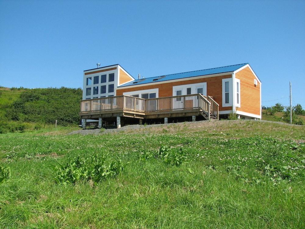 Cape Split View Cottages