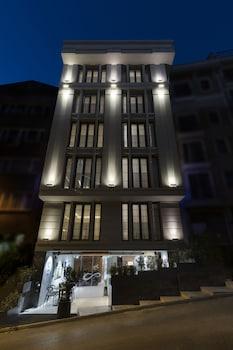無限藝術飯店