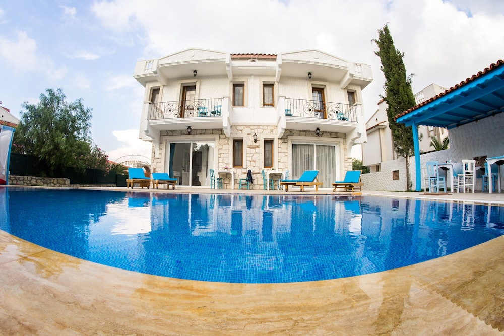 Bugra Alacati - Adults Only