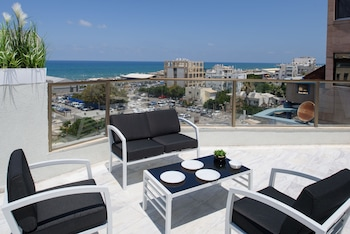 Beach View Apartments and Studios