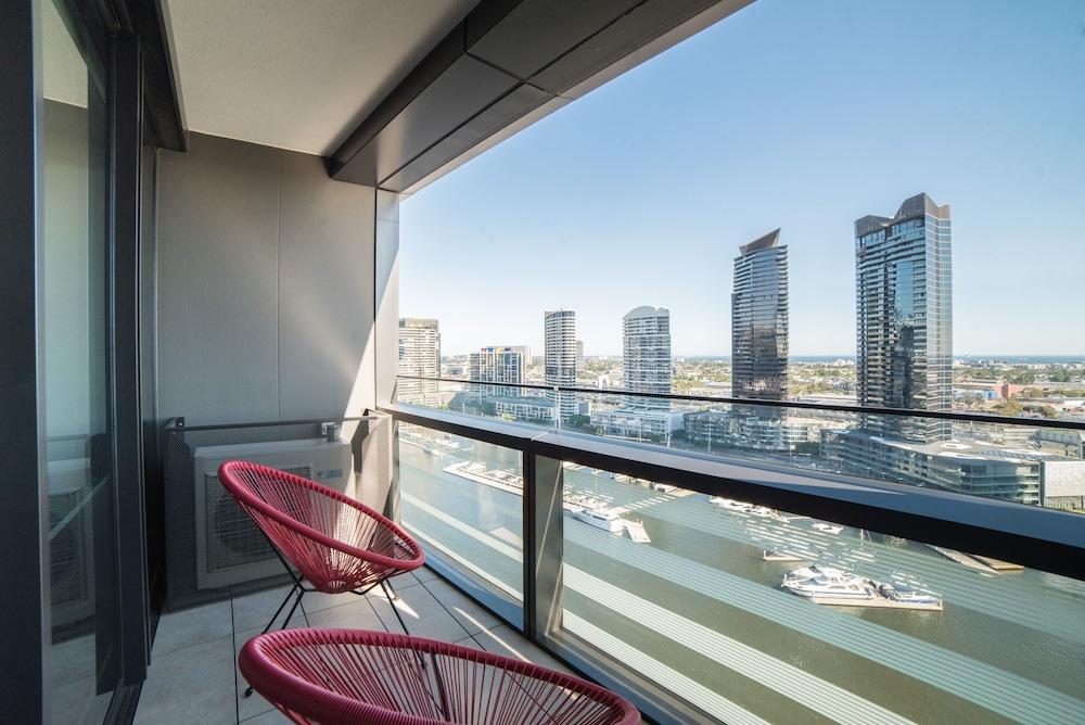Melbourne Private Apartments Docklands