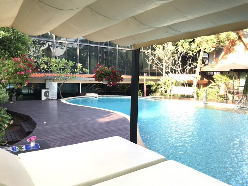 The Imperial Home Hotel Bangkok 2 7 Price Address Reviews