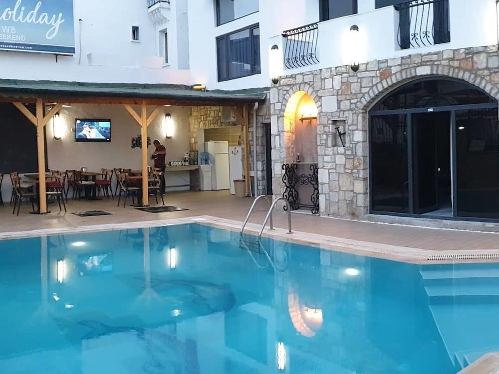 Weekend Bodrum Hotel