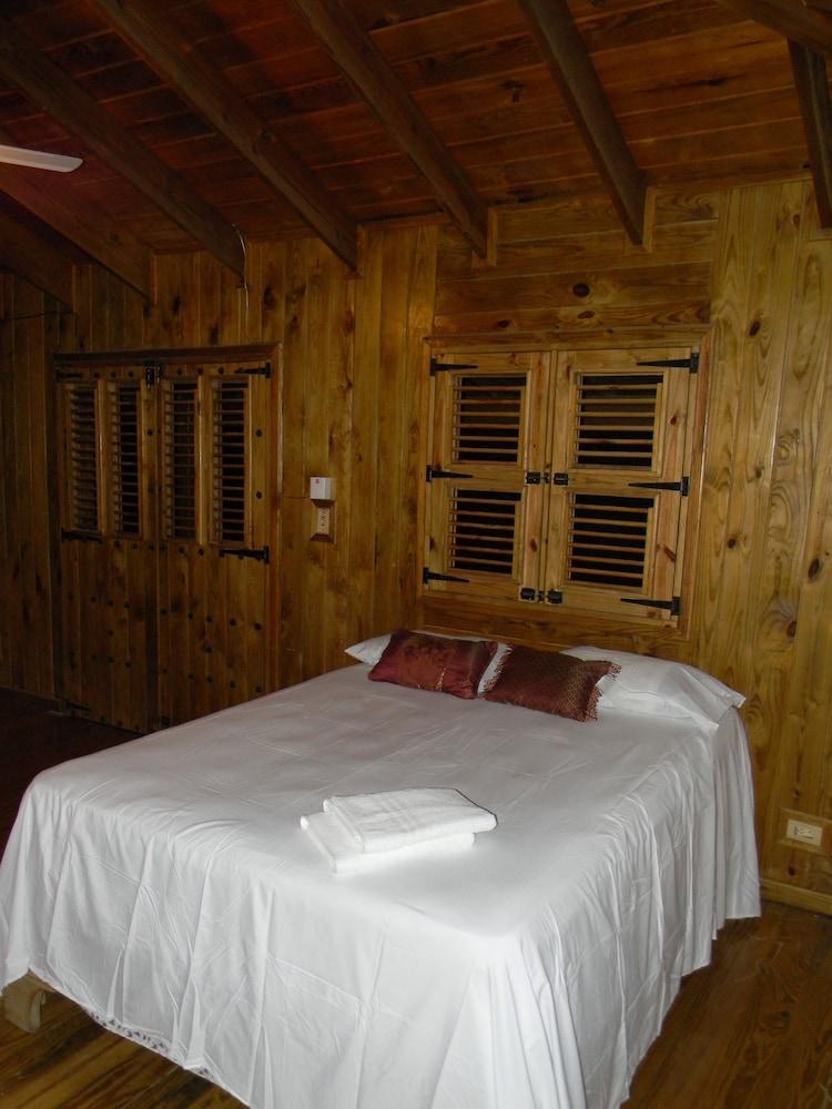 Hotel Jardines del Montaña
