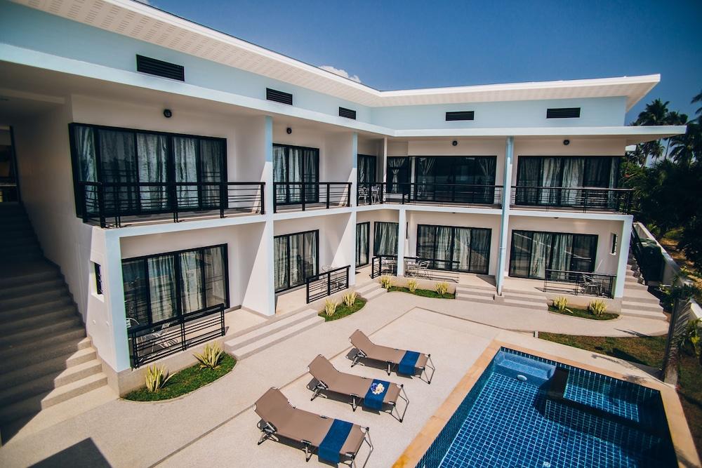 Infinity Bophut Apartments