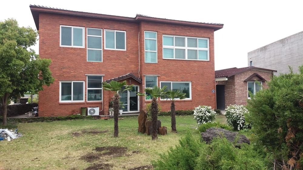 Ophir House Jeju