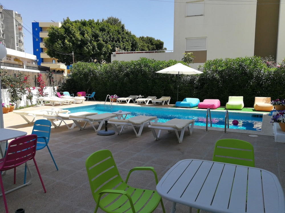 Apartamentos Es Cantó - Only Adults