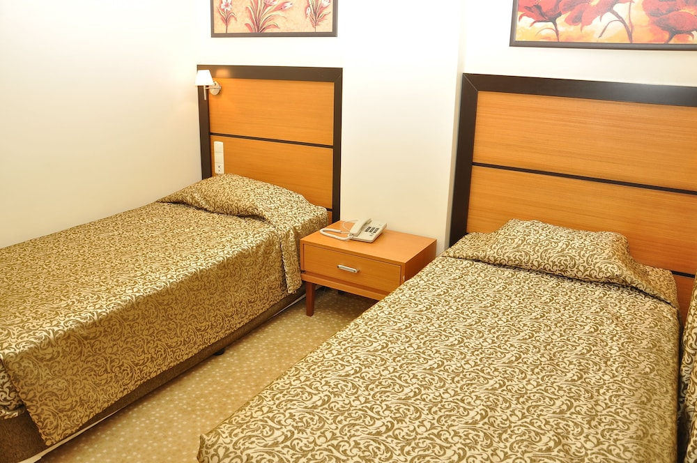Ceres Hotel Belek At Inr 778 Off 2622 Best Offers On Ceres