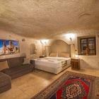 Elegance Cave Suites