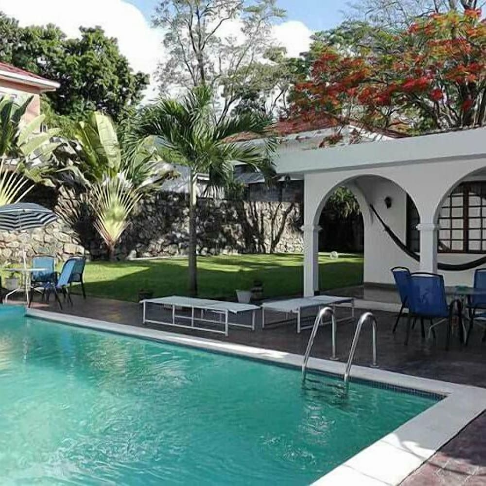 Casa Colonial Bed And Breakfast