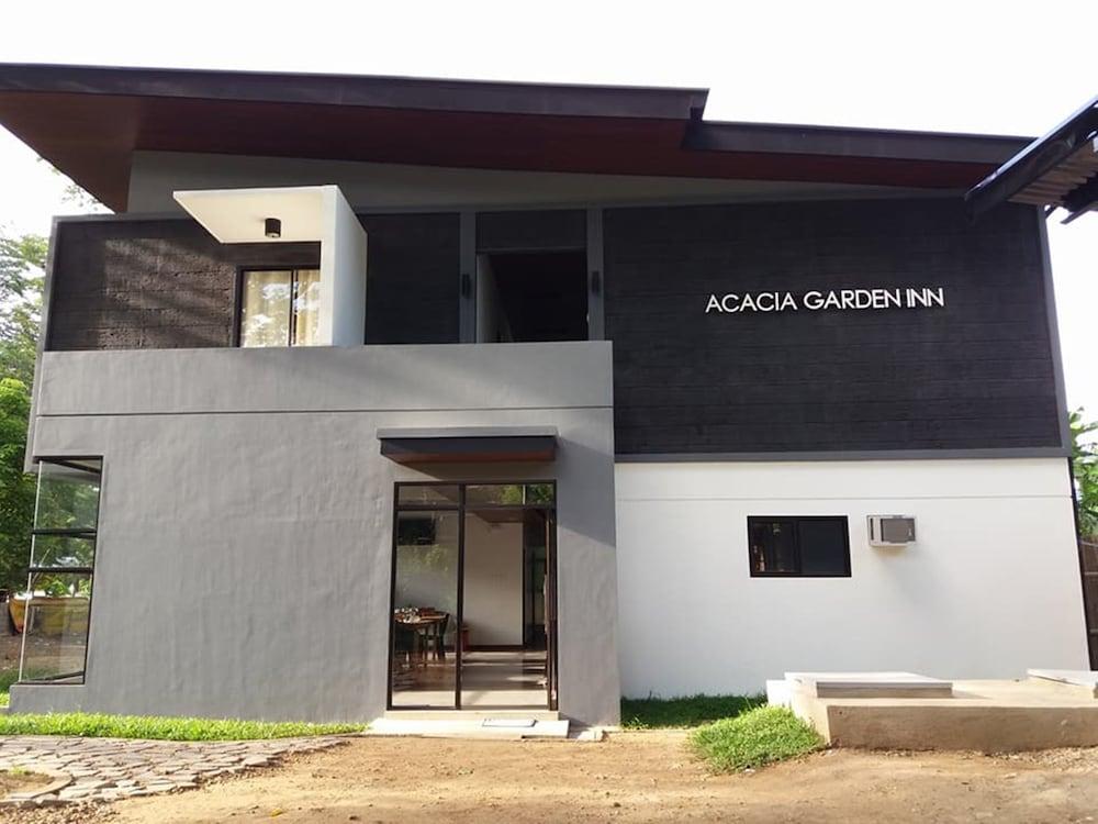 Acacia Garden Inn