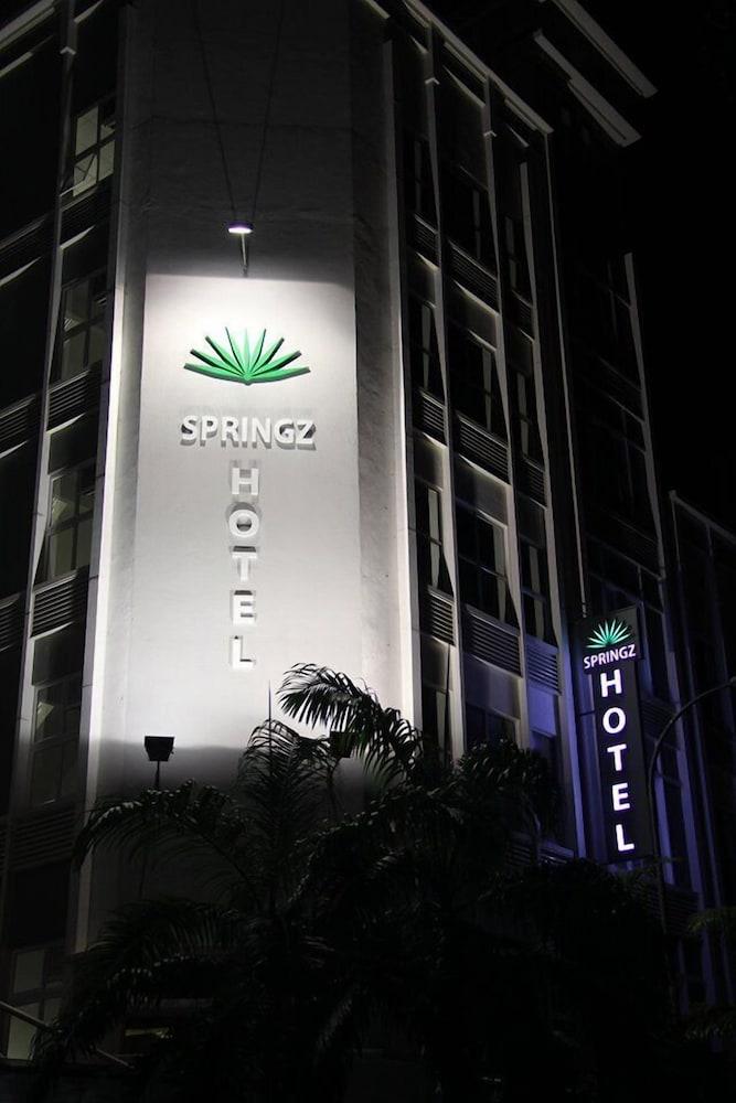 Springz Hotel Bukit Jalil