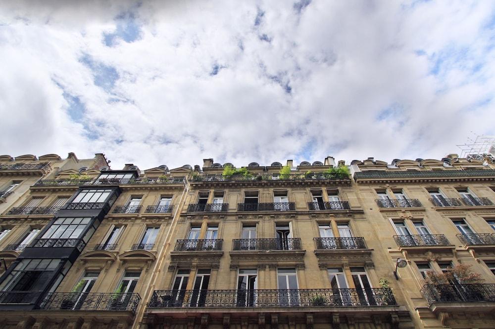 Pelican Stay - Apt near Champs Elysees