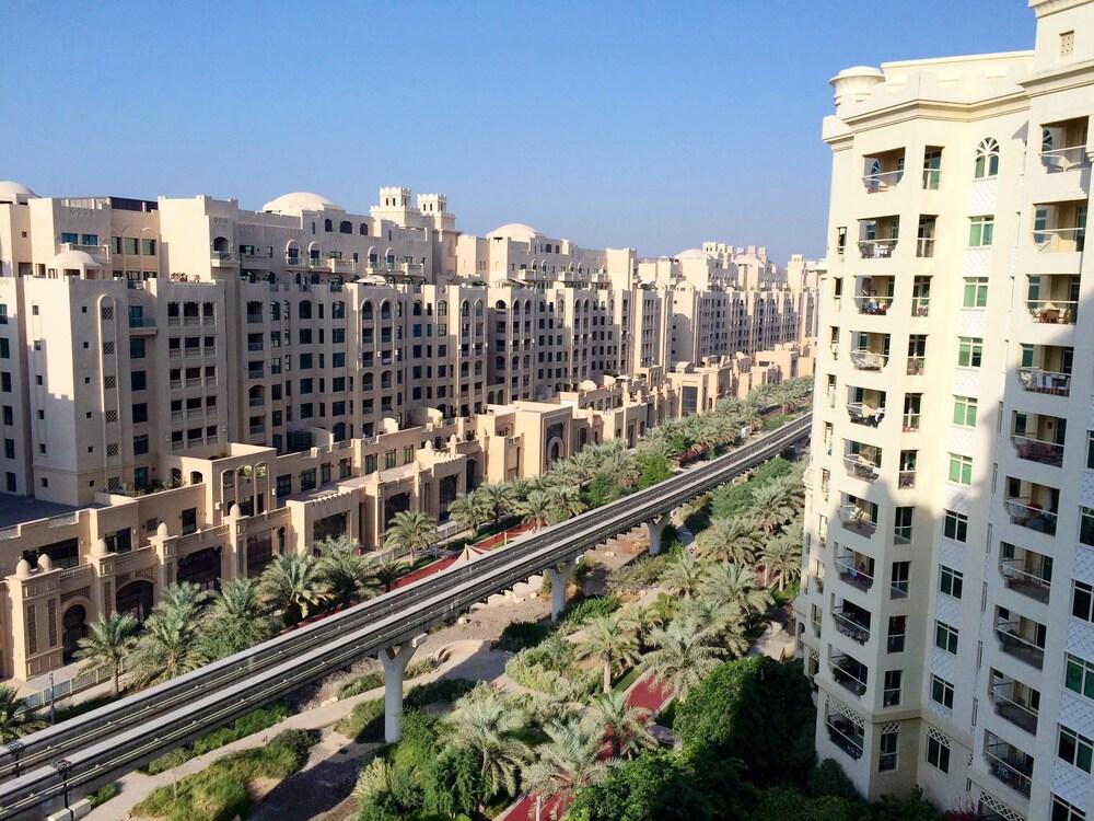 Kennedy Towers - Al Khushkar