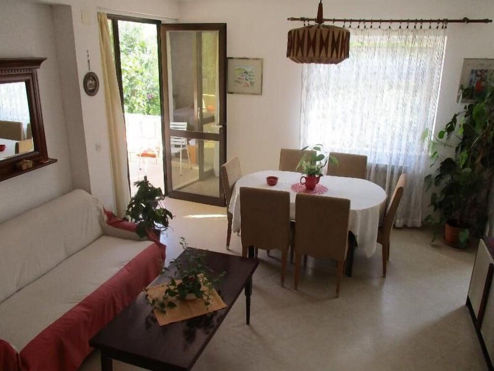 Afrodita Apartments