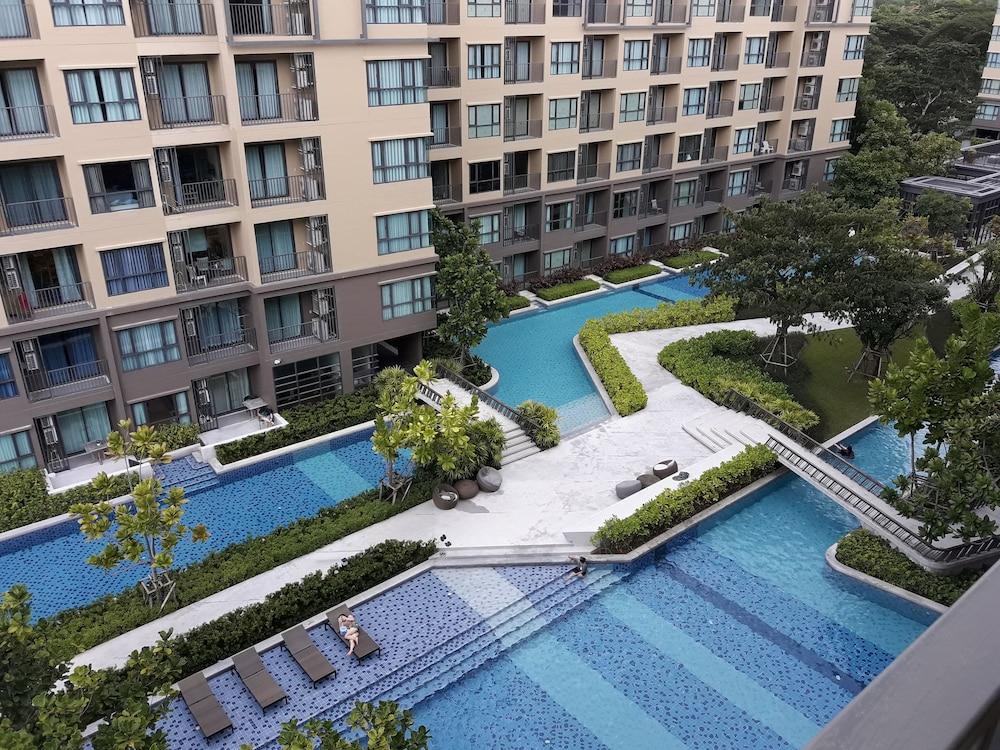 Rain Cha-am Pool View