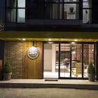 Sun Suit Hotel