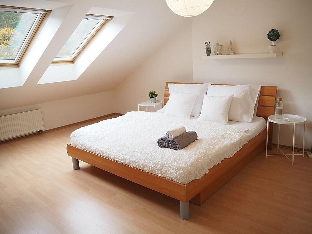 QIK Apartments