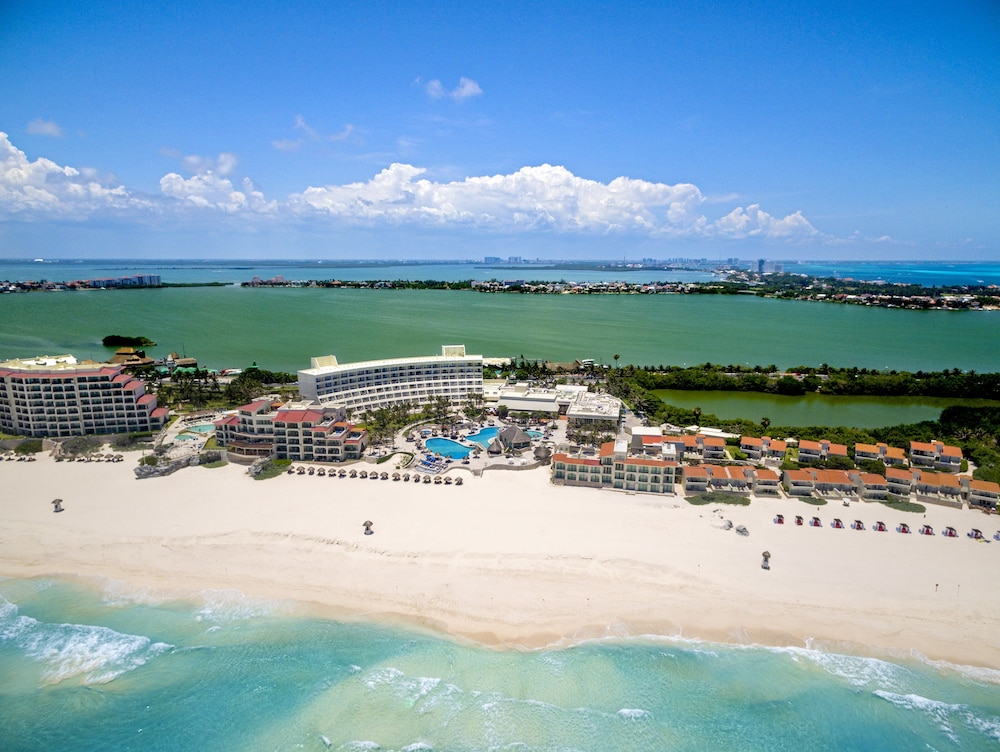The Villas Cancun by Grand Park Royal - All Inclusive