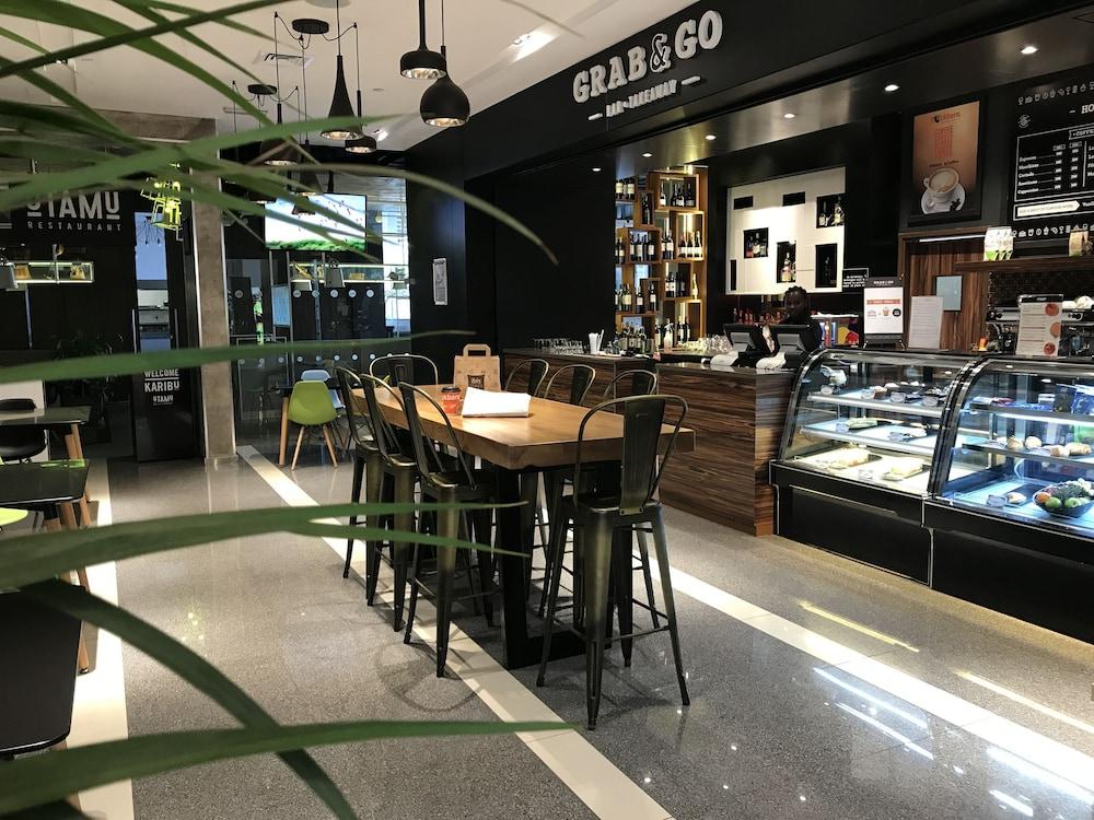 Desain Ruang Tamu Cafe  ibis styles nairobi westlands nairobi i 7i 4i price