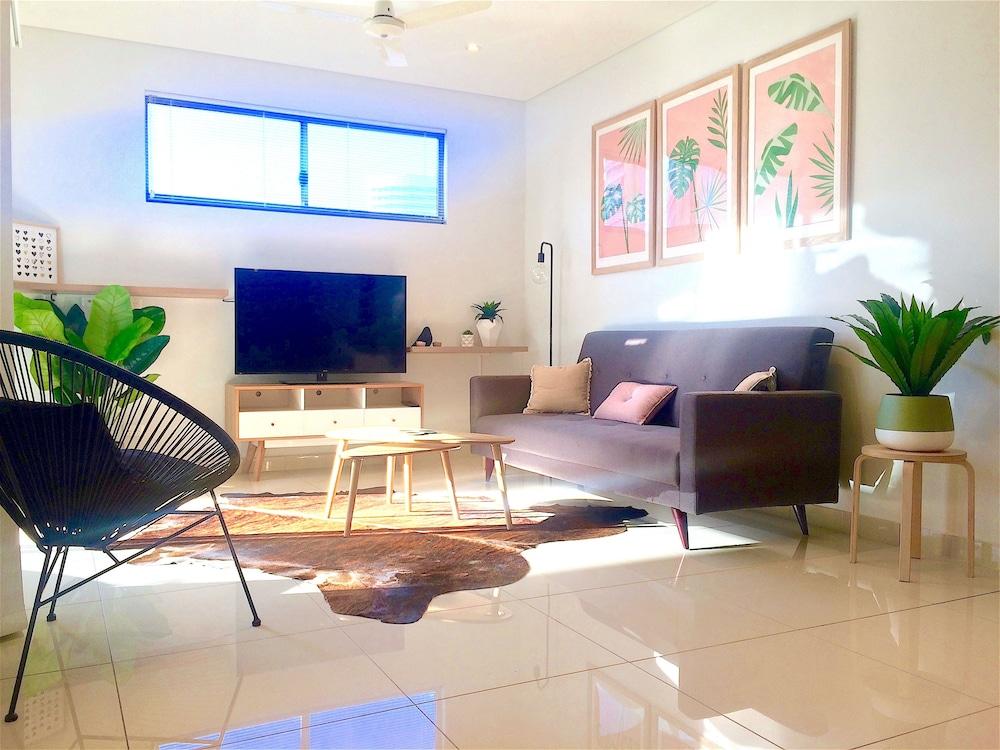 Darwin City Chic Apartment at the KUBE