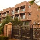 Super Paradise Hotel