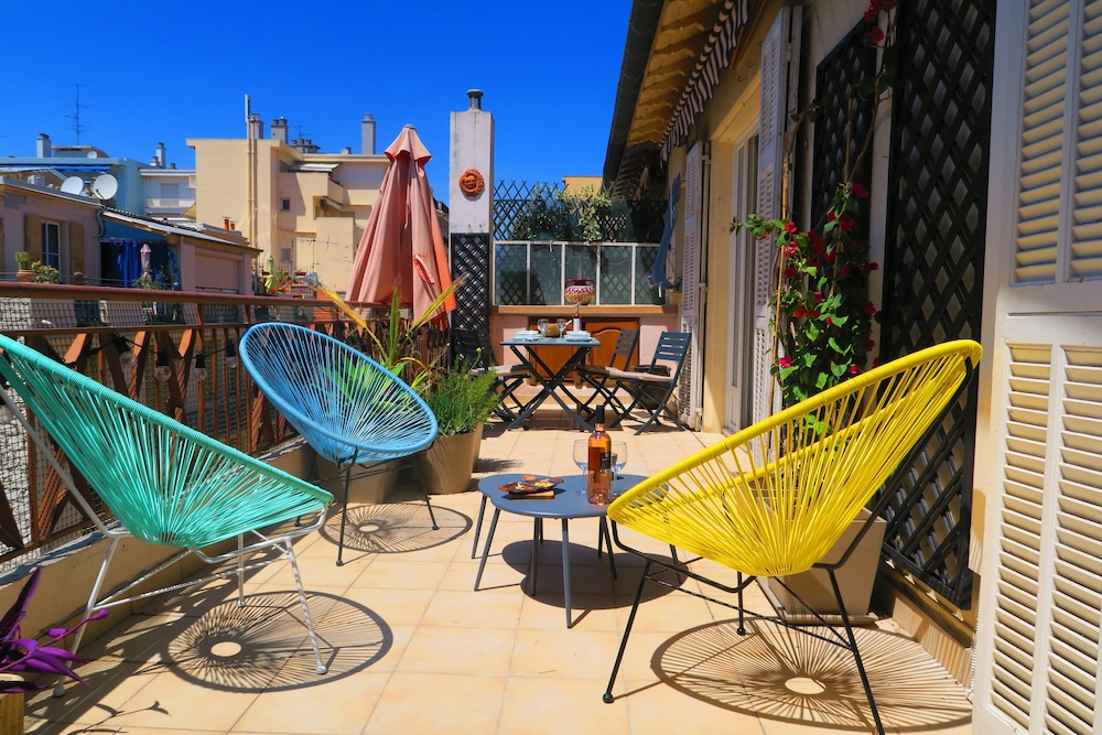"""Sunny Terrace"" by Nestor&Jeeves"