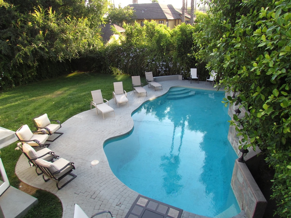 2 Floors House with Pool and Huge Relax