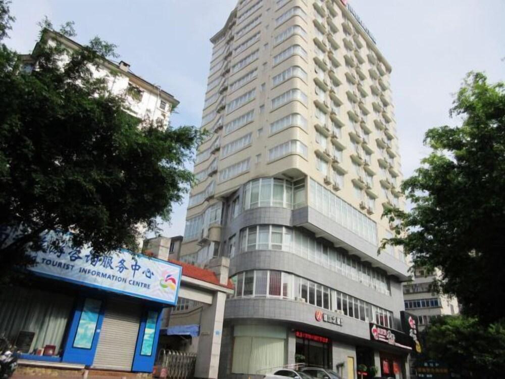 Jinjiang Inn Minzu Street TV Staiton