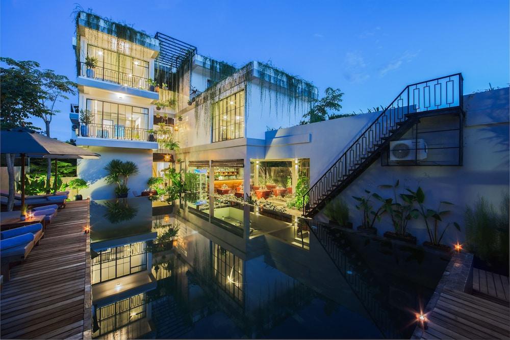 Vihara Residence
