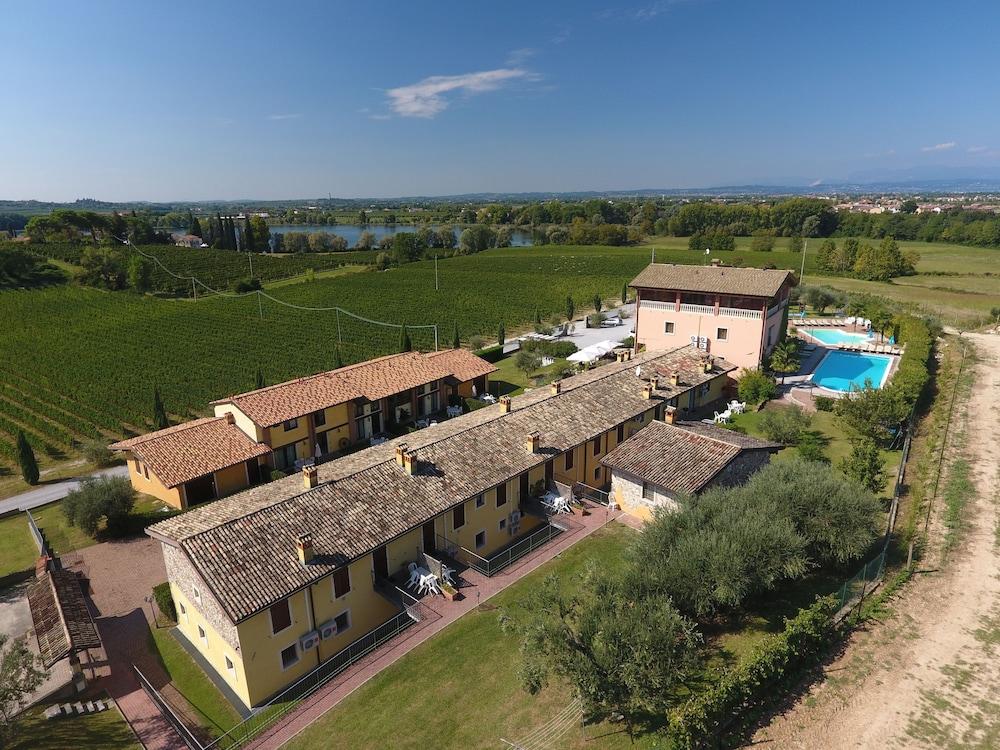 Bertoletta Village Apartments