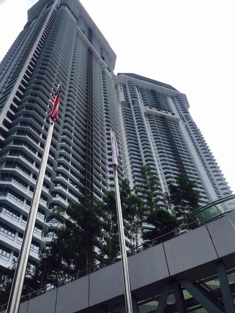 City Residences 2 Bedroom Apt at Sentral
