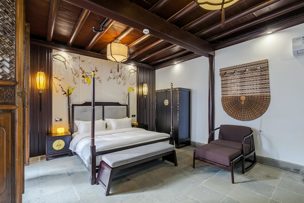 Photos Of - Stay in joy Tongyintang Tongli