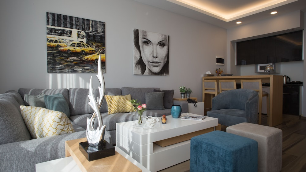 The Stay Furnished Apartments