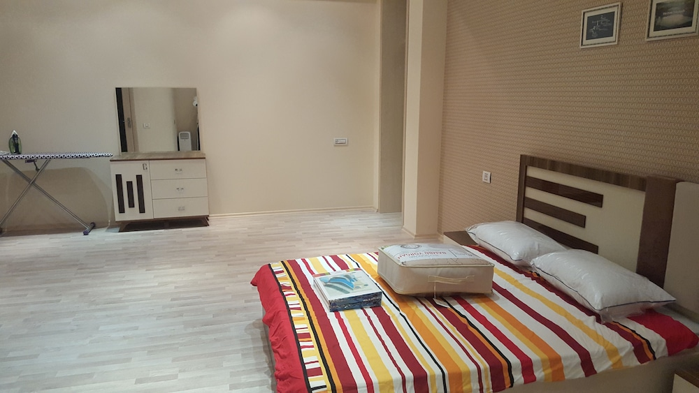 Villa Floor 2 Beds Fully furnished Apt