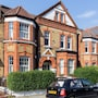 Beautiful 2BR flat right by Clapham Common photo 5/28