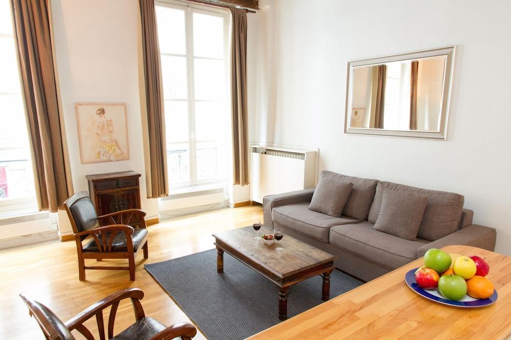 St. Germain - River Seine Apartment