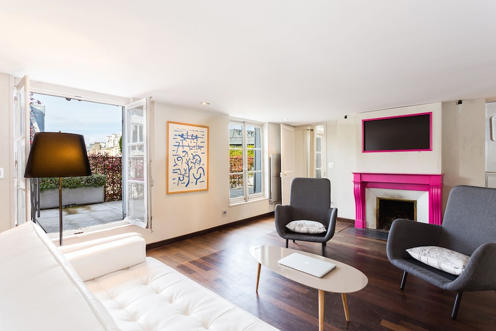 Champs Elysees Area Private Apartment