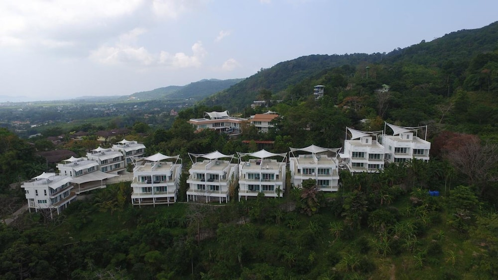 Dwell At Chalong Hill