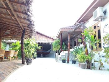 Alvi Star Inn