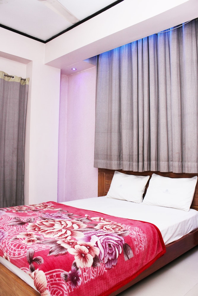 Shopno Bilash Holiday Suites