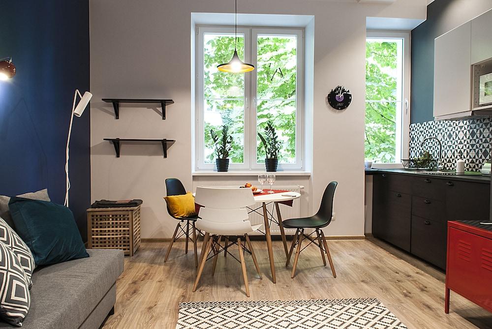 Ekoidea - Funky Apartments